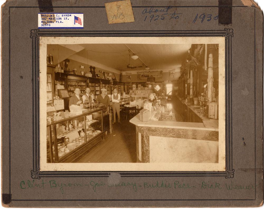 1910-drug-store-interior