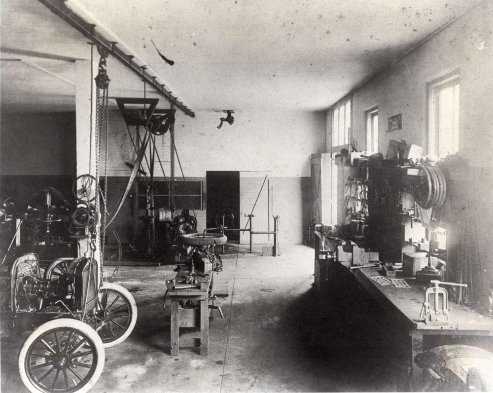 interior-allen-garage-back-door